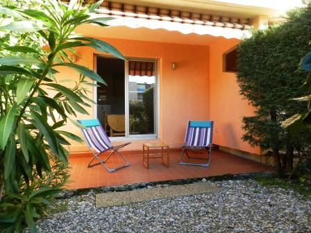 Location T1 Bormes les Mimosas La Favière A LOUER Appartement Bormes Les Mimosas 1 pièce(s)  rez de jardin