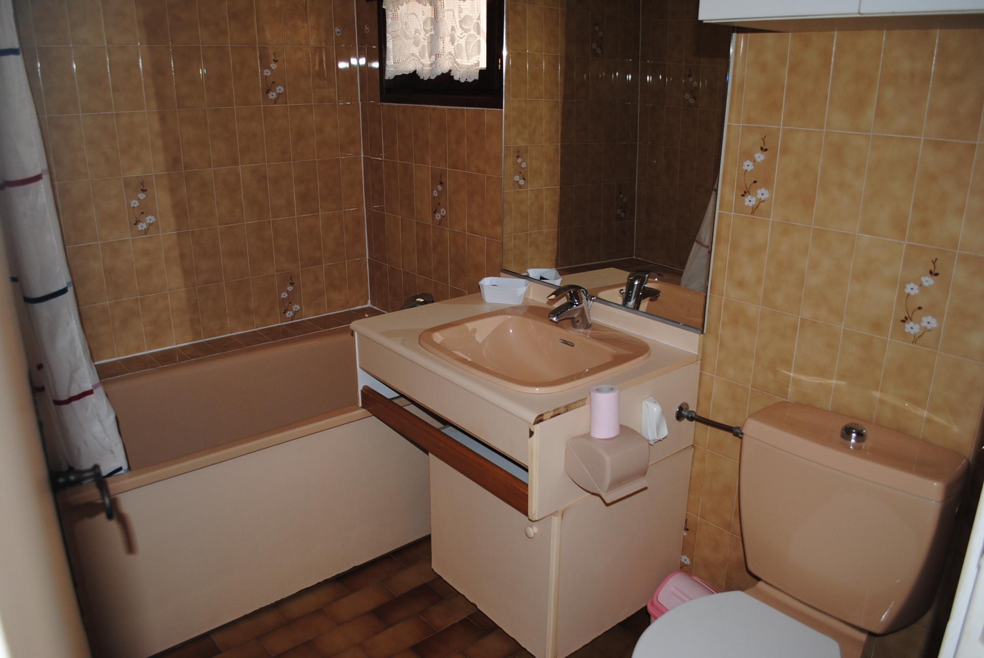 Location Studio Mezzanine Meublé T1 Bormes les Mimosas Hameau des Olivierss