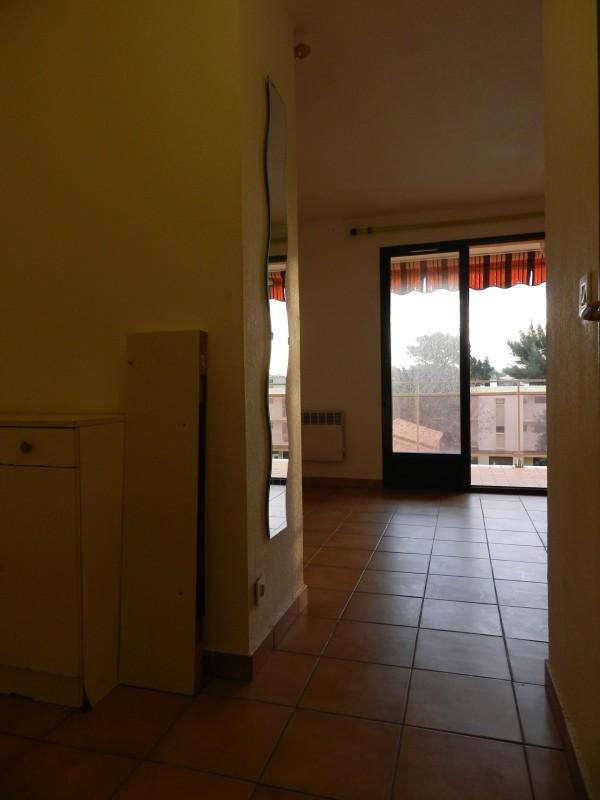 Location STUDIO Cabine Bormes les Mimosas la Faviere