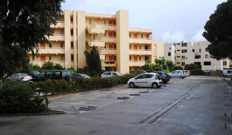 Locations annuelles emplacement de parking bormes les mimosas la faviere er - Contrat de location emplacement de parking ...